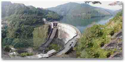 Image of the Shiiba Dam from the official Shiiba Village WWW site.